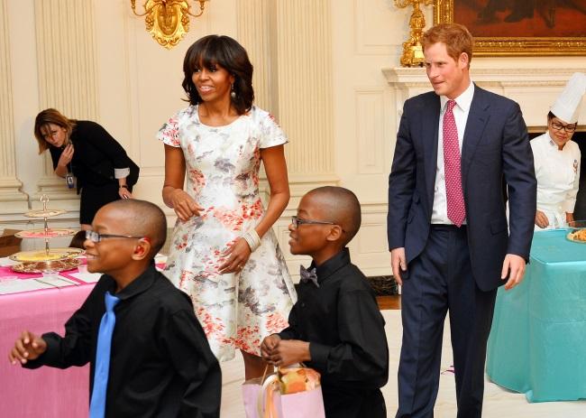 Printul Harry si Michelle Obama