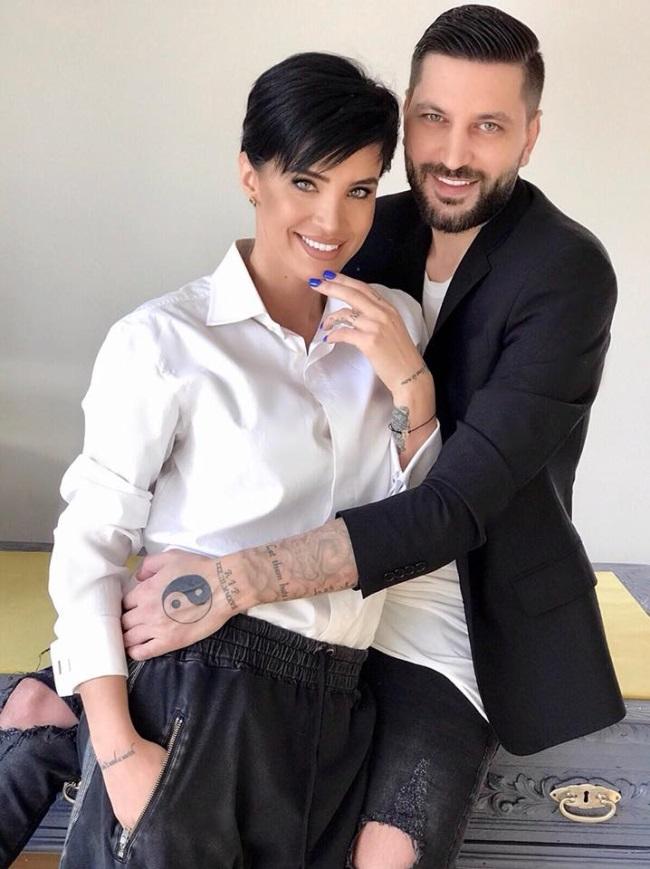 Adelina Pestrițu și Virgil Steblea, zis Fucky, formeaza un cuplu fericit. Cei doi vor avea un copil, Adelina Pestrițu anunțând recent că este însărcinată