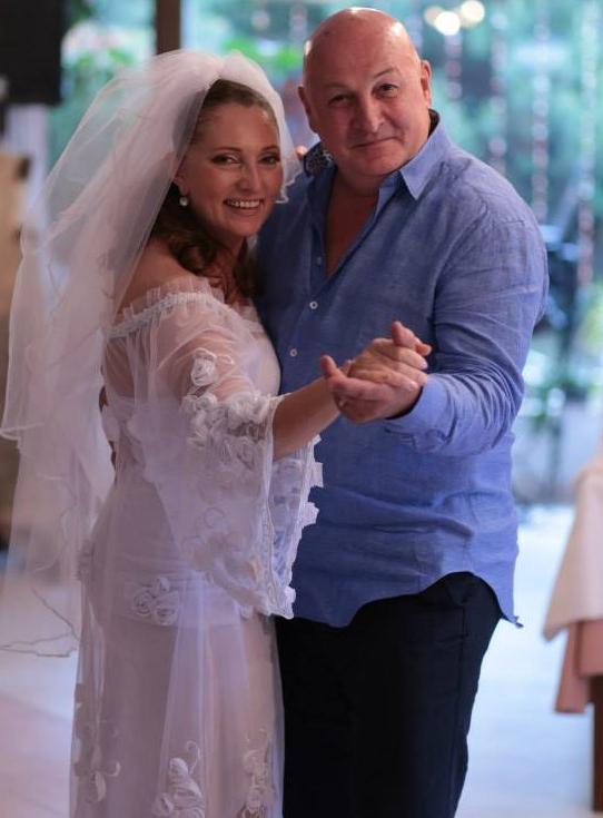 Actorul Bebe Cotimanis are o relație extraconjugală