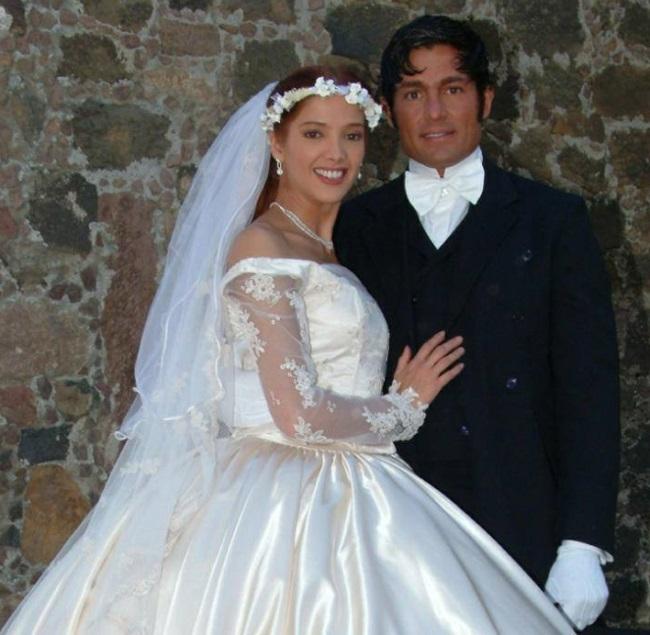 Adela Noriega si Fernando Colunga in telenovela Amor Real
