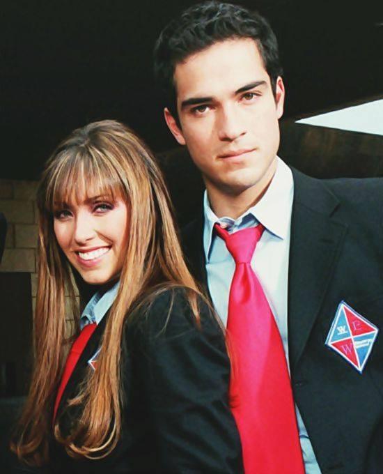 Anahi (Mia Colucci) si Poncho Herero (Miguel Arango), in telenovela Rebelde