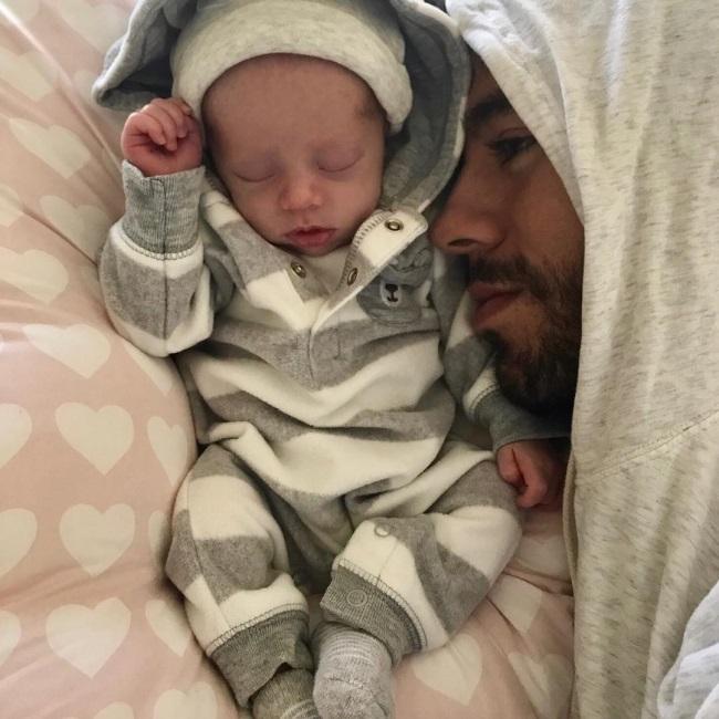 Enrique Iglesias si copilul