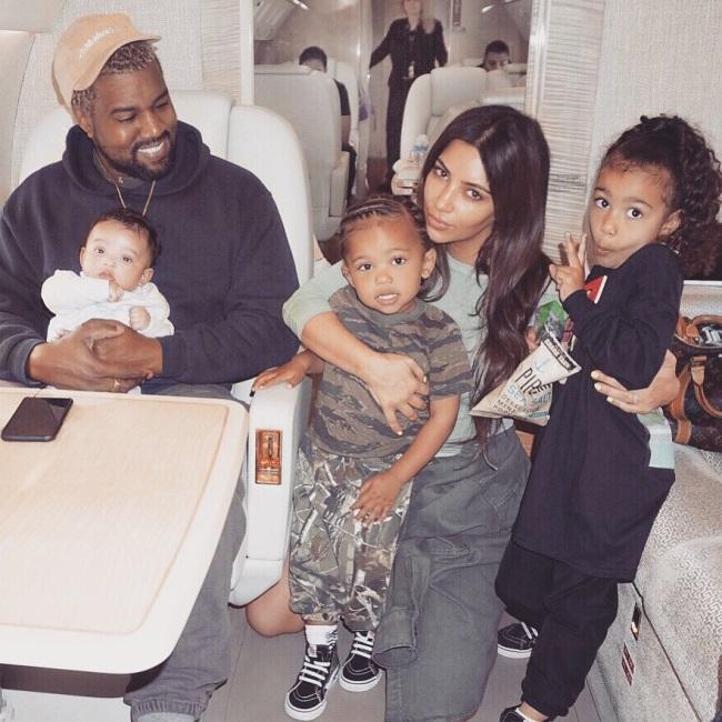Kim Kardashian, Kanye Wesr si cei trei copii