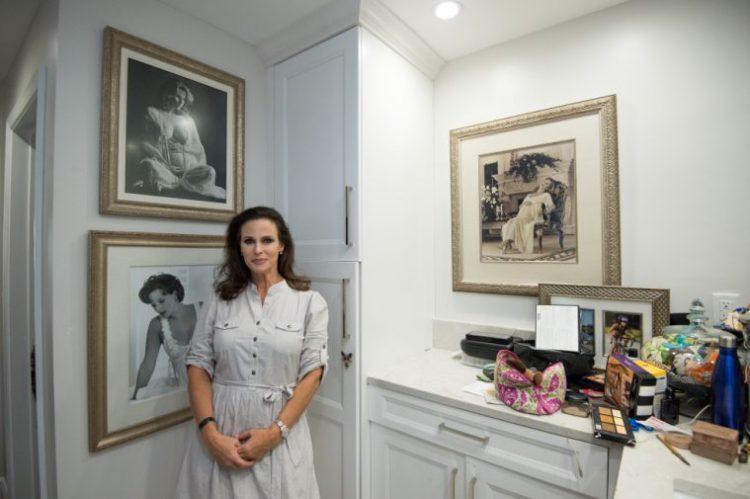 O femeie din Florida are 16 copii și arată senzațional la cei 44 de ani. Ce familie frumoasă!