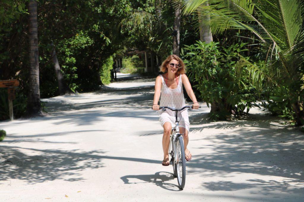 Alessandra Stoicescu vacanta in insulele Maldive cu sotul ei Sergiu (2)