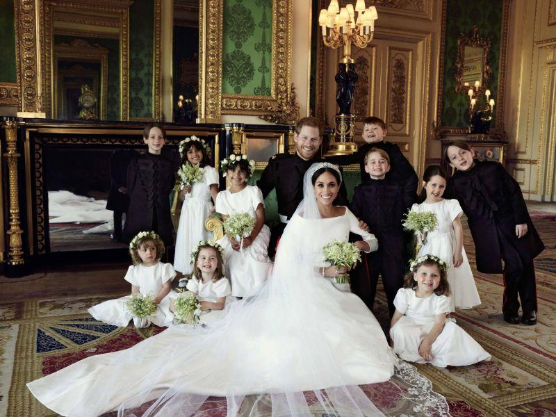 Primele fotografii oficiale cu Prințul Harry și Meghan Markle, noii Duci de Sussex