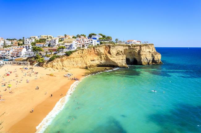 Algarve_ShutterStock