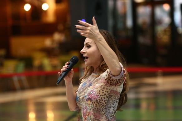 Lucia Ciobotaru este una dintre cele mai renumite antrenoare de tehnică vocală din Europa.