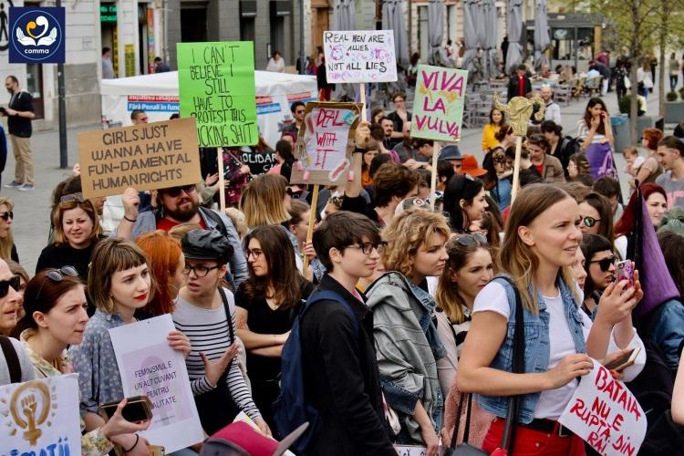 Marșul femeii Cluj