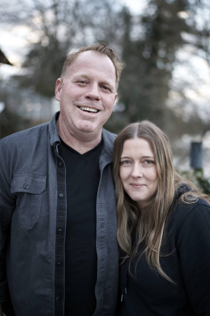 Darlene Blount si Thomas Markle Jr.