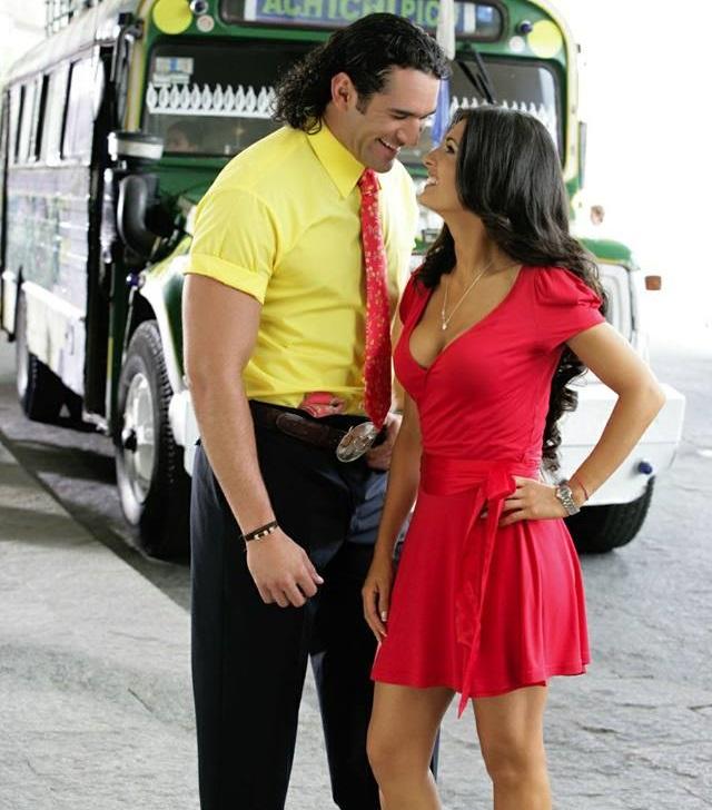 Mayrin Villanueva și Eduardo Santamarina in telenovela Îl iubesc pe JuanQuerendon