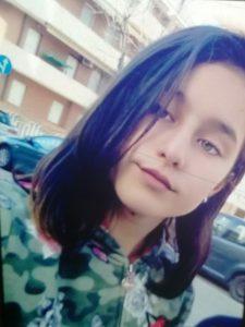 o-fata-de-13-ani-a-disparut-de-acasa-mesajul-polii