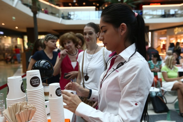 cafea nescafe dolce gusto