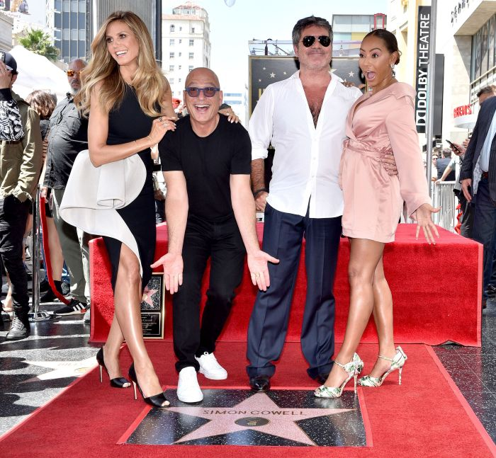 Simon Cowell a primit o stea pe Hollywood Walk of Fame