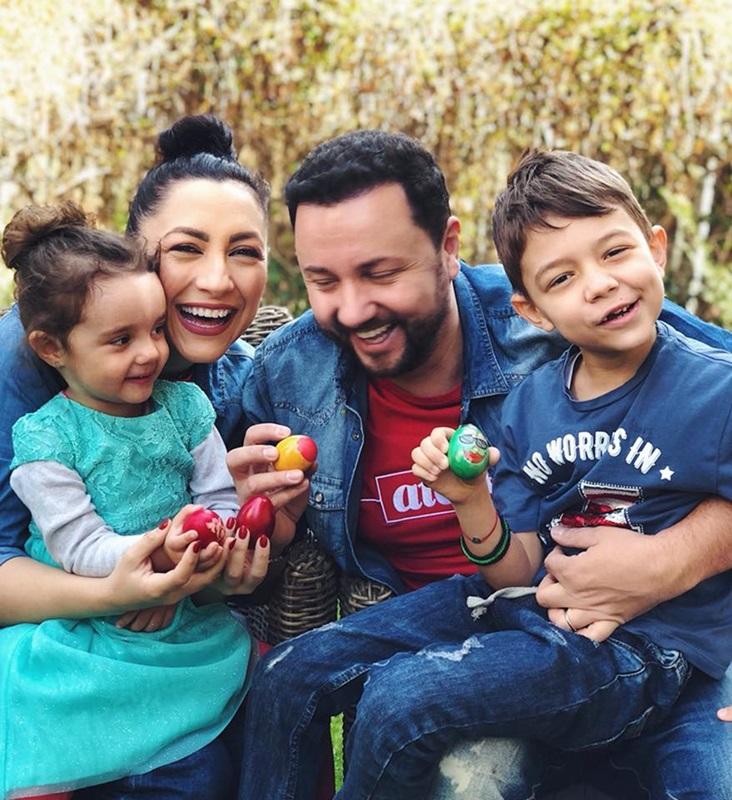 Andra Maruta si familia