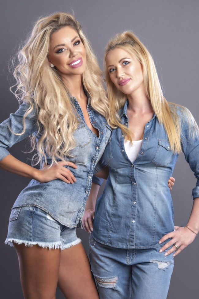 Bianca Dragusanu si sora sa, Oana
