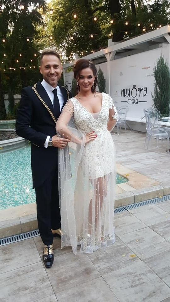 Deea maxer in rochie de mireasa si Dinu Maxer la nunta de 10