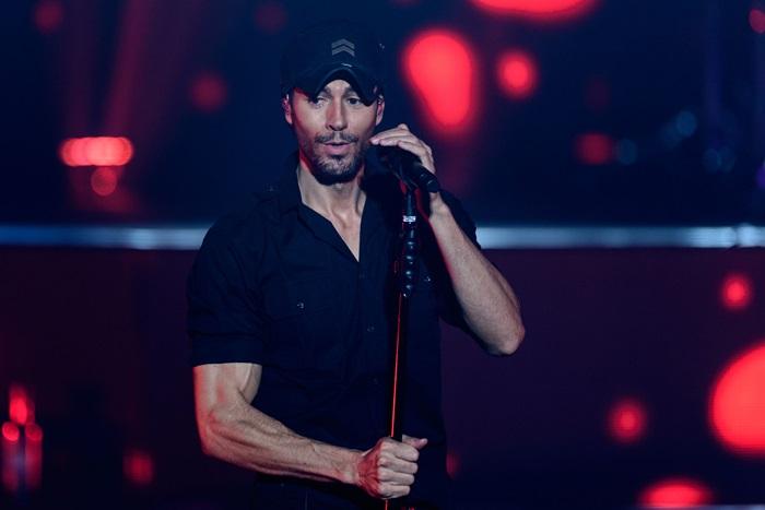 """Enrique Iglesias vrea să renunţe la turnee """"în viitorul apropiat"""""""