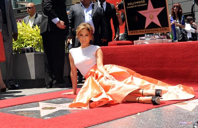 Steaua lui Jennifer Lopez a fost vandalizata
