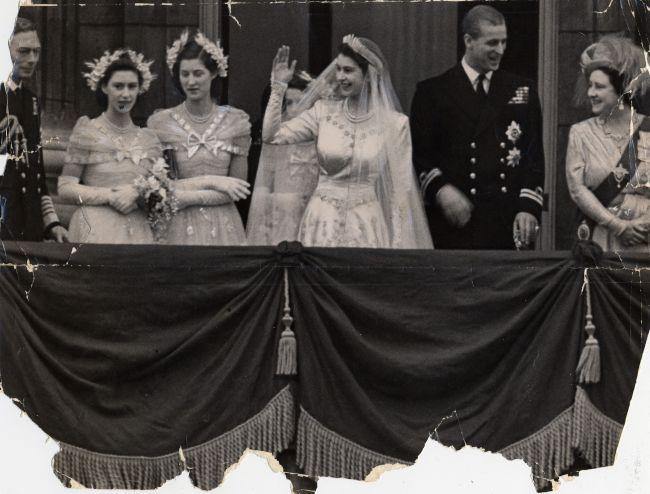 Regina Elisabeta a II-a și Prințul Phillip au împlinit 71 de ani de căsătorie