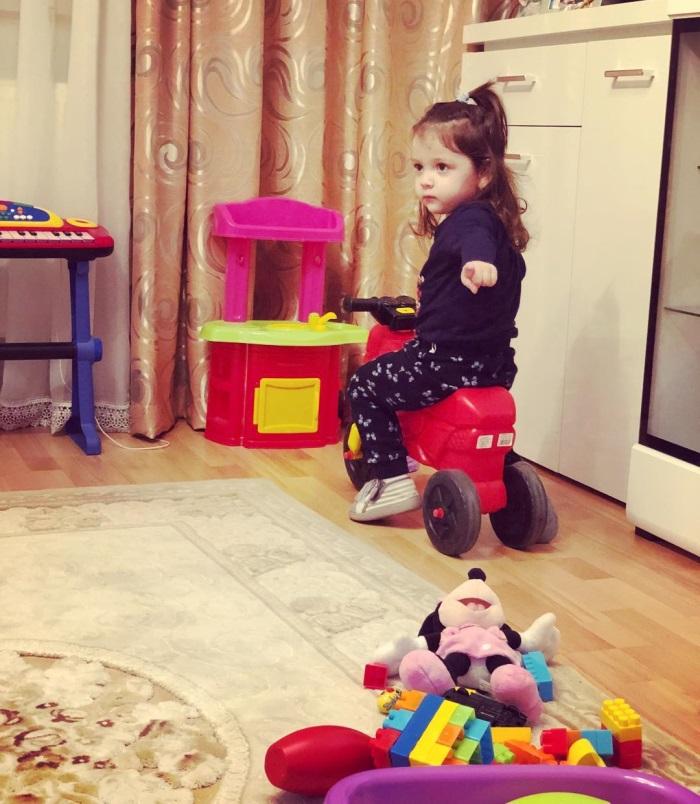 Detaliul trist din fotografiile cu fetița Biancăi Drăgușanu și a lui Victor Slav