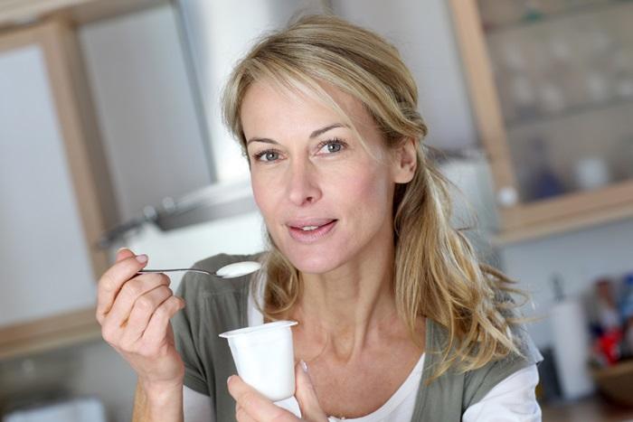 consumul de iaurt
