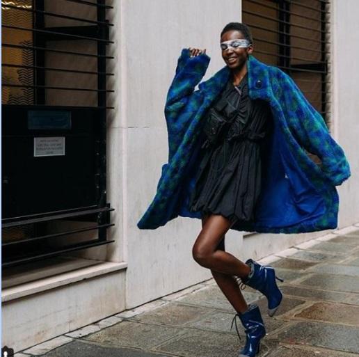(P) Cum să porți rochia iarna: 5 idei de tinute