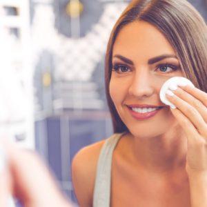 5-trucuri-de-makeup-care-