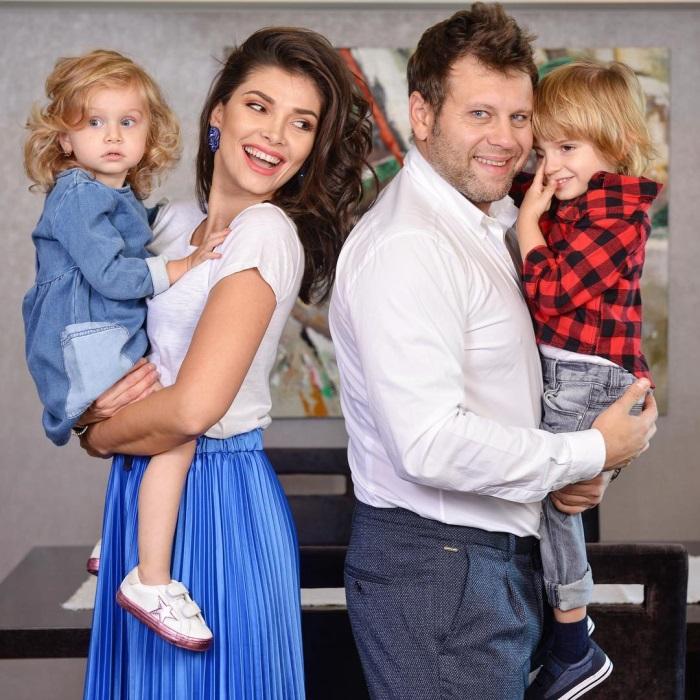Alina Puscas si familia