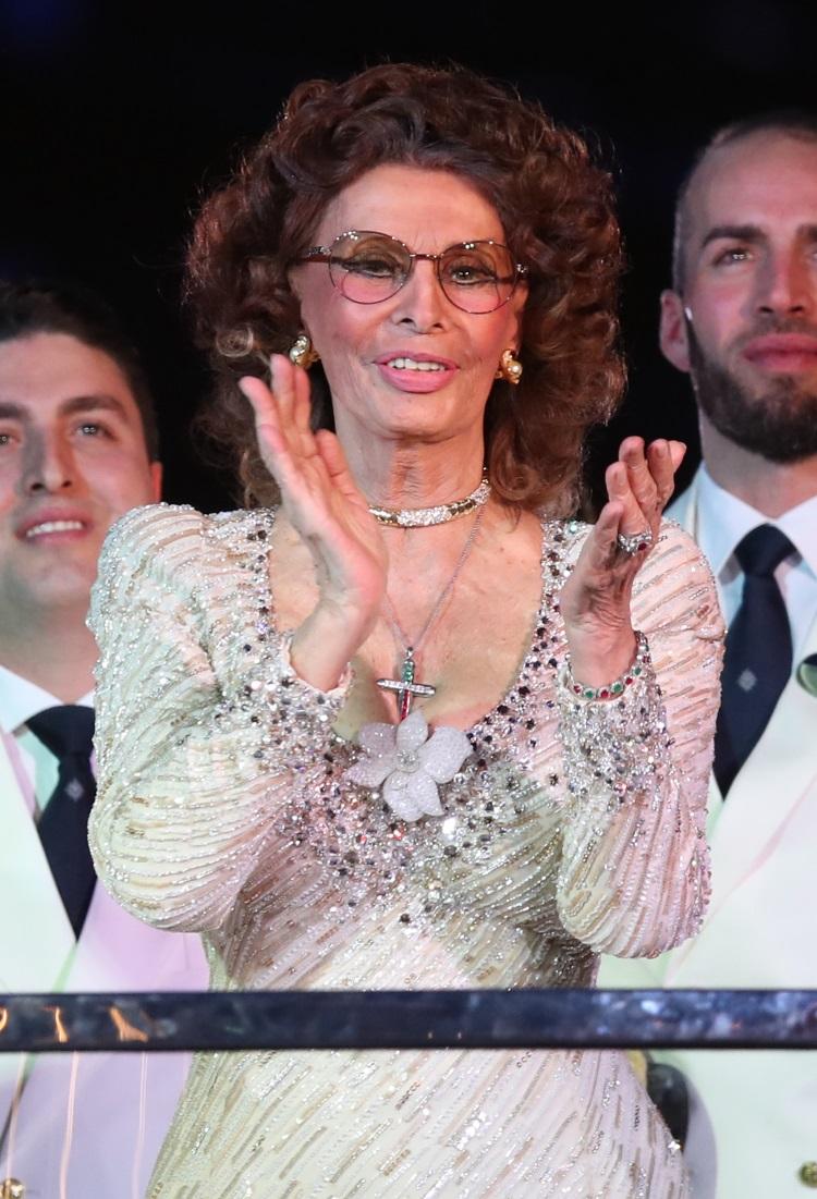 Sophia Loren arată incredibil la 84 de ani. Ce rochie a purtat actrița la un eveniment