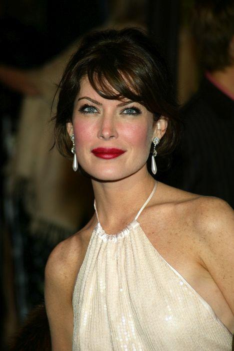 Actriță celebră, distrusă de operațiile estetice