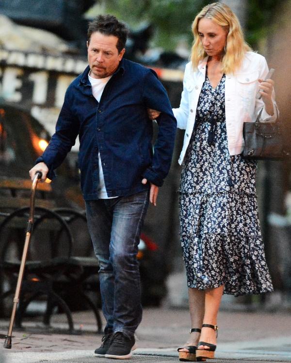 Povestea de dragoste dintre Tracy Polland și Michael J. Fox. Actorul suferă de boala Parkinson