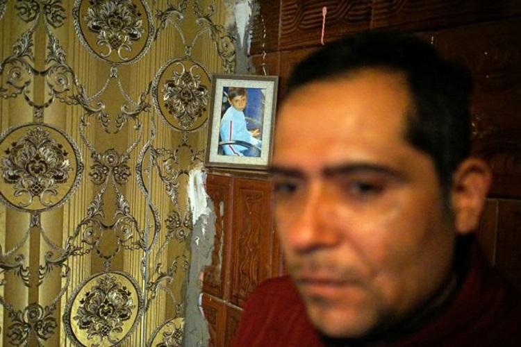 tatal baiatului mort la 7 ani si o poza cu copilul