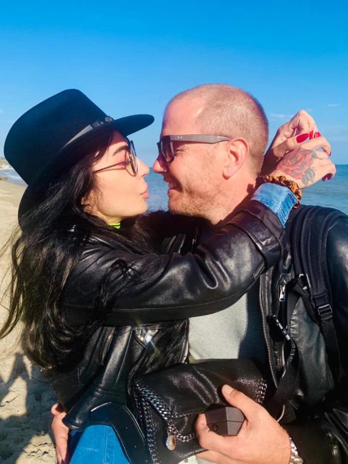 DJ Wanda a fost cerută în căsătorie. Cum arată inelul de logodnă