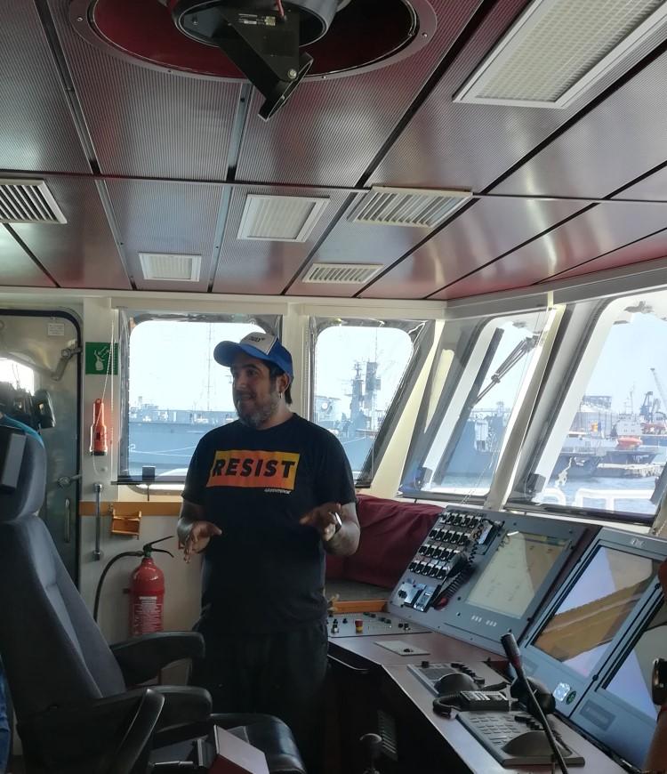Rainbow Worrior, nava-fanion a Greenpeace, a ajuns la Constanța și poate fi vizitată gratuit până pe 2 iunie