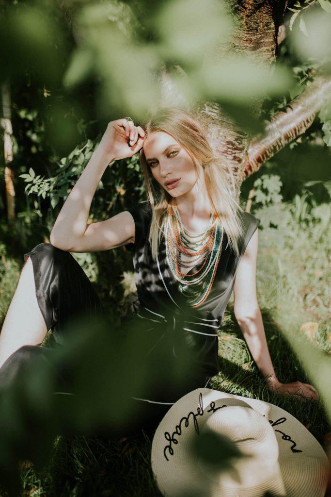 (P) Tendințe în moda verii – ce ținute să porți la festivalurile de muzică Untold, Electric Castle și Afterhills
