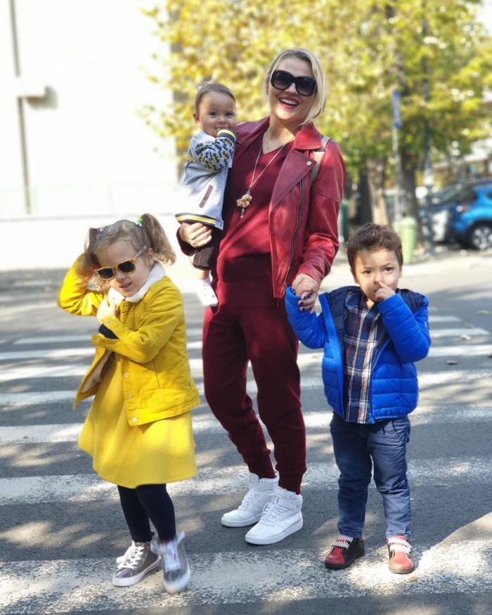 Mirela Vaida si copiii