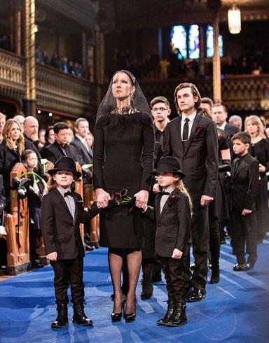 Celine Dion la inmormantarea sotului