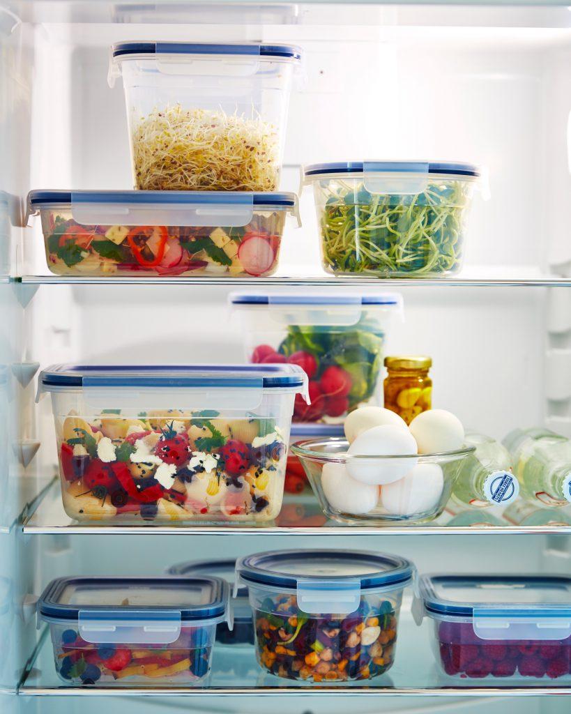 (P) Mic ghid pentru a găti mai eficient: cum depozităm alimentele și cum ne organizăm bucătăria