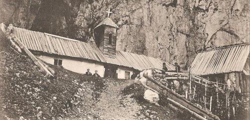 Peștera Ialomiței, numită pe vremuri Peștera Regilor